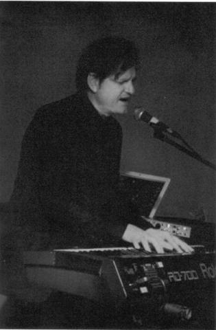 Steven Lindsay